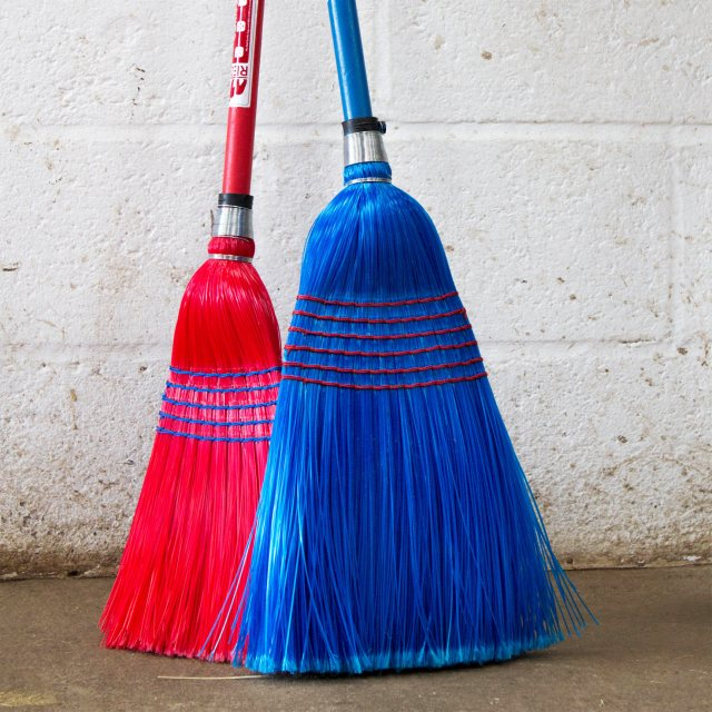 Deluxe Broom Blue Plastic Corn Broom